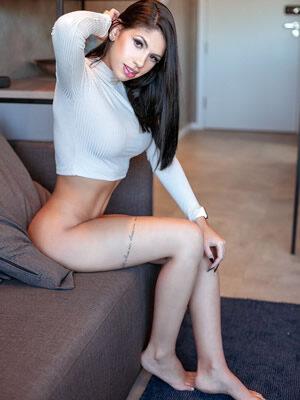Helena Ferrarez